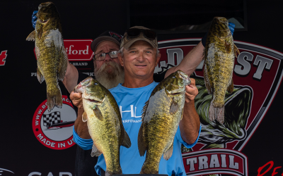 """Mace """"Hunts"""" Down Lead in Wild West Bass Trail on the Columbia River"""